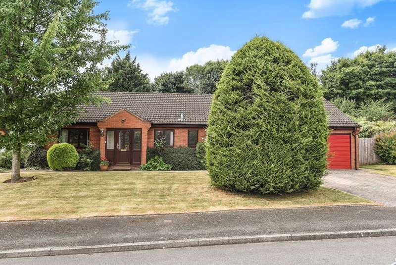 4 Bedrooms Detached Bungalow for sale in Bredenbury, Herefordshire, HR7