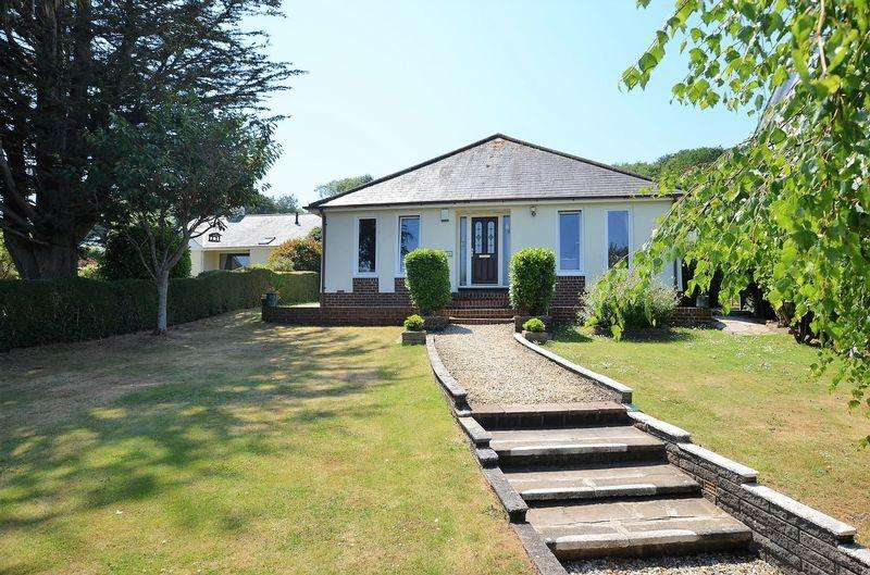 3 Bedrooms Bungalow for sale in BROADSANDS ROAD BROADSANDS PAIGNTON