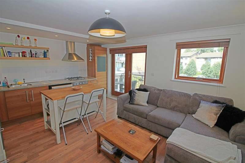 1 Bedroom Flat for sale in 68 George Downing Estate, London