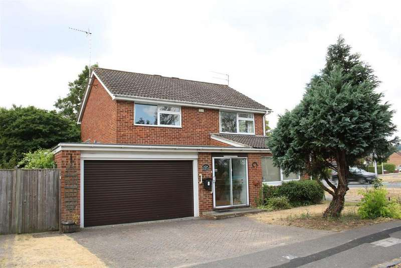 3 Bedrooms Detached House for sale in Sulham Lane, Pangbourne, Reading