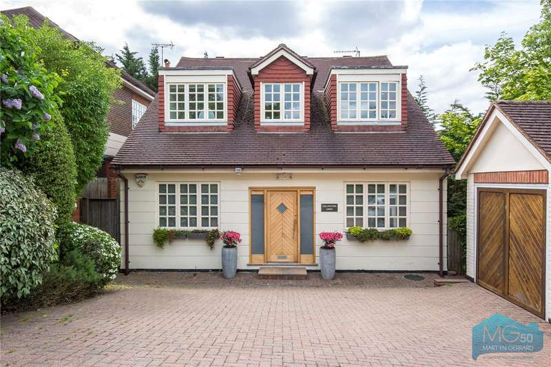 4 Bedrooms Detached House for sale in Amberden Avenue, Finchley, London, N3