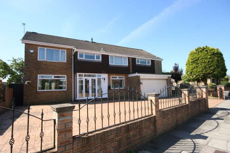 5 Bedrooms Detached House for sale in Hall Drive, Middlesbrough, TS5