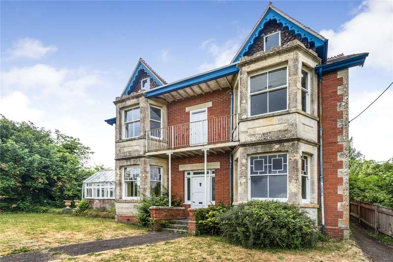 4 Bedrooms Detached House for sale in Bayford Hill, Wincanton, Somerset, BA9