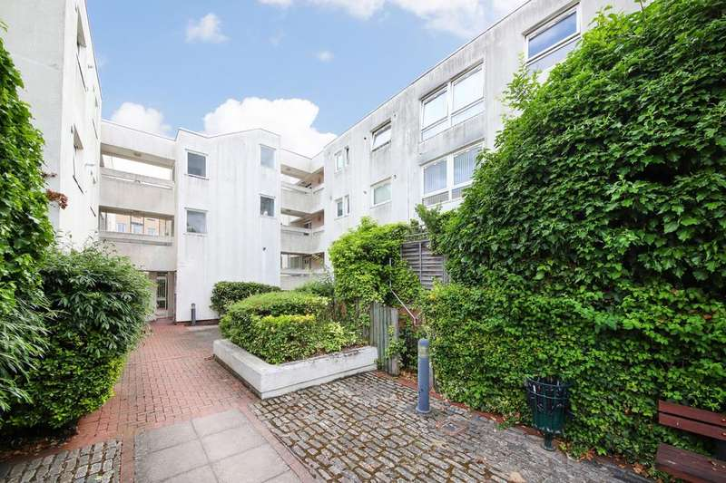 1 Bedroom Apartment Flat for sale in Barleycorn Way, London, E14