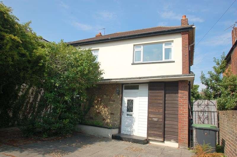 4 Bedrooms Detached House for sale in Brockhurst Road, Gosport