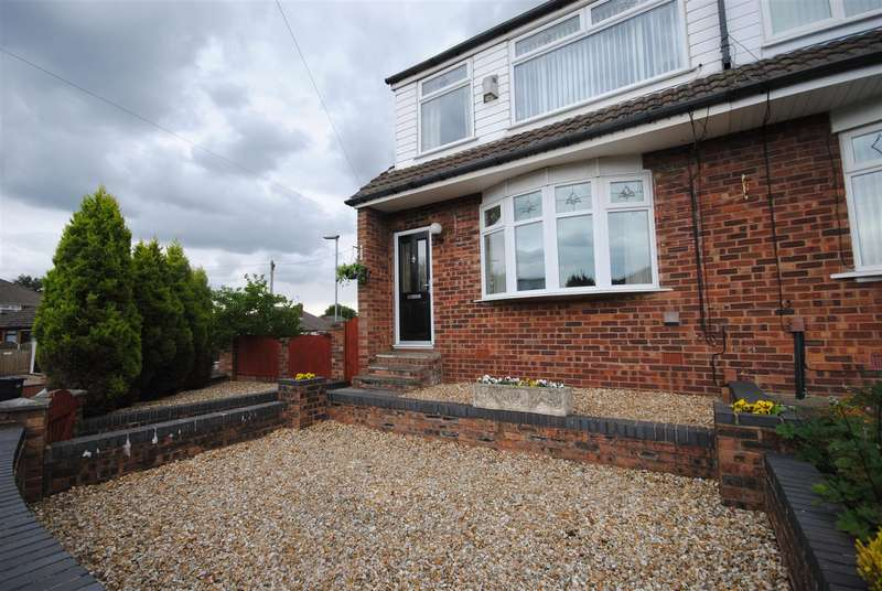 3 Bedrooms Semi Detached House for sale in Alston Road, Whelley, Wigan