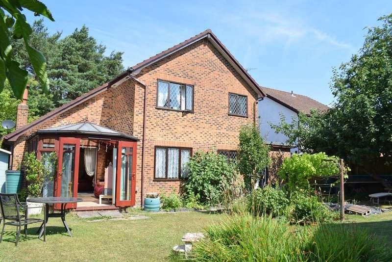 4 Bedrooms Detached House for sale in Cedar Drive, Woodlands, Sandford, Wareham BH20