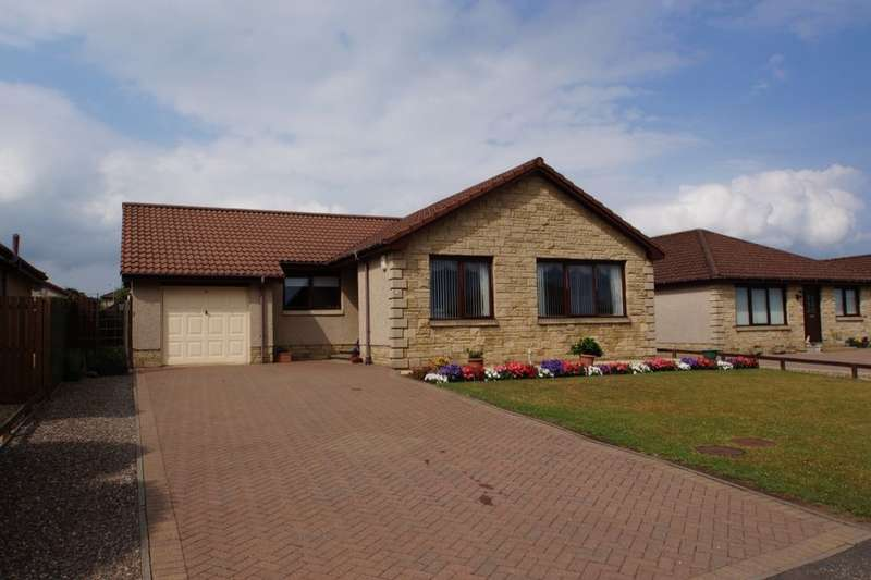 3 Bedrooms Detached Bungalow for sale in Lundin View, Leven, KY8
