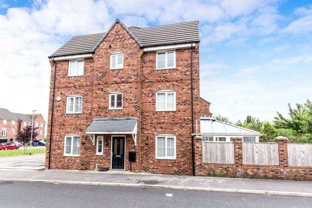 4 Bedrooms Terraced House for sale in Leng Drive, Thornbury, Bradford, West Yorkshire