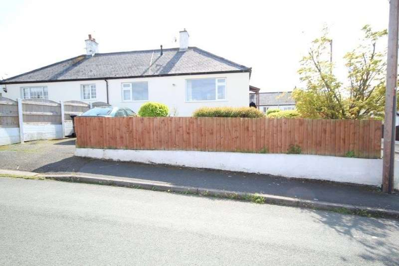 2 Bedrooms Semi Detached Bungalow for sale in Woodland Crescent, Shotton