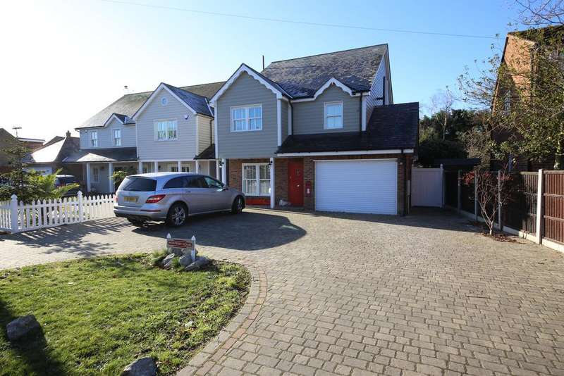 5 Bedrooms Detached House for sale in Central Avenue, Stanford-Le-Hope