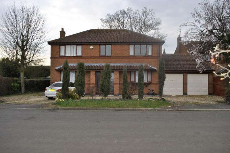 4 Bedrooms Detached House for sale in Gorse Lane, Leicester, LE2