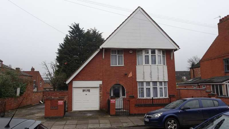 3 Bedrooms Detached House for sale in Exton Road, North Evington, Leicester, LE5