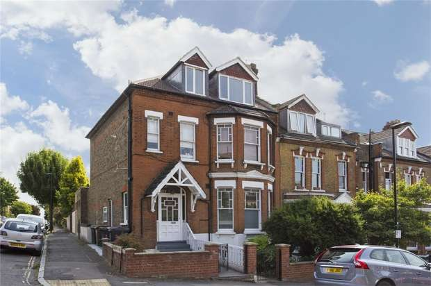 2 Bedrooms Flat for sale in Albany Road, Stroud Green, N4