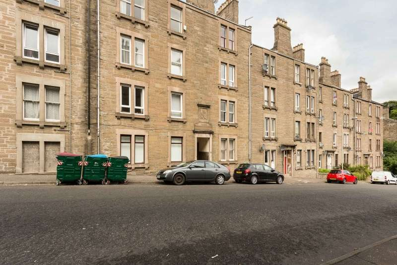 1 Bedroom Flat for sale in Cleghorn Street, Dundee, Angus, DD2 2NJ