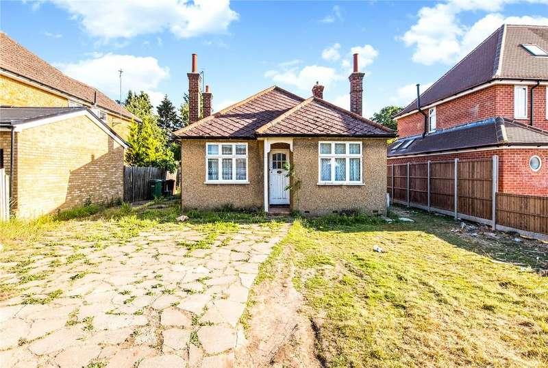 2 Bedrooms Detached Bungalow for sale in Mount Pleasant Lane, Bricket Wood, St. Albans, Hertfordshire, AL2