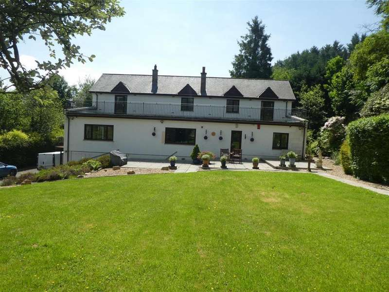 4 Bedrooms Detached House for sale in Silian, Lampeter