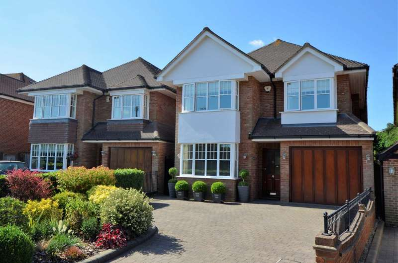 5 Bedrooms Detached House for sale in St Johns Road, Billericay