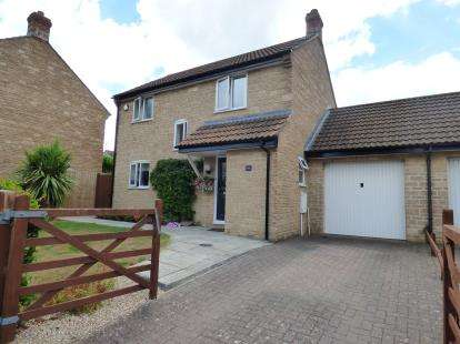 3 Bedrooms Link Detached House for sale in Martock, Somerset, Uk