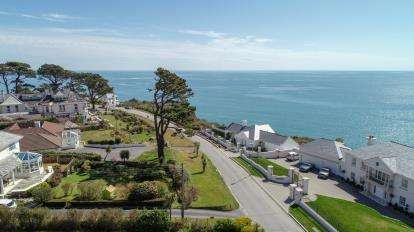 5 Bedrooms Detached House for sale in Carlyon Bay, St. Austell, Cornwall