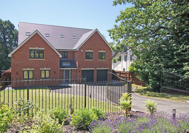 6 Bedrooms Detached House for sale in Plymouth Road, Barnt Green, B45 8JE