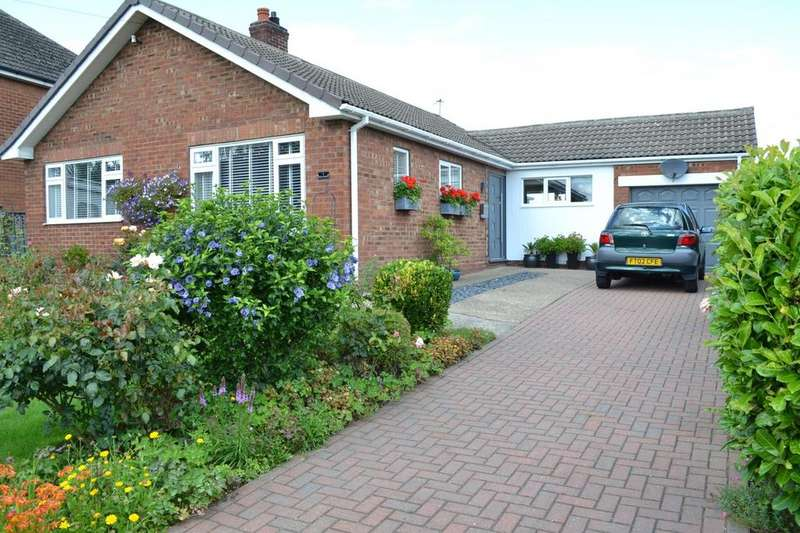 3 Bedrooms Detached Bungalow for sale in High Street, Blyton, Gainsborough, Lincolnshire, DN21