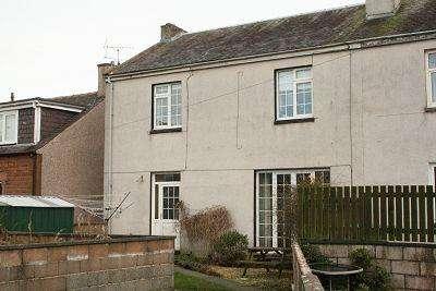 4 Bedrooms Semi Detached House for sale in 16 Kirkowens Street, Dumfries DG1 3DS