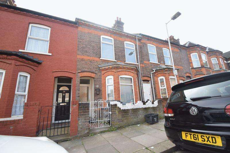 6 Bedrooms Terraced House for sale in Belmont Road, Luton
