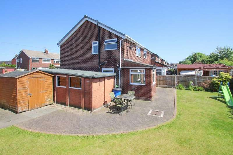 3 Bedrooms Semi Detached House for sale in Buttermere Road, Partington, Manchester, M31
