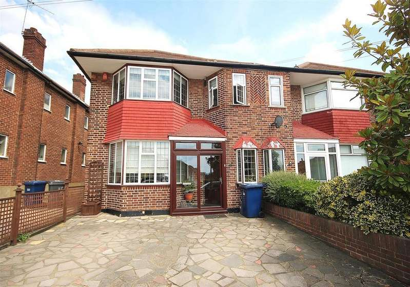 4 Bedrooms House for sale in Mandeville Road, London
