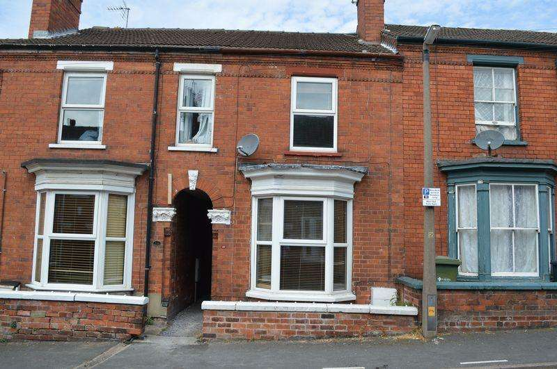 3 Bedrooms Town House for sale in South Parade, Lincoln