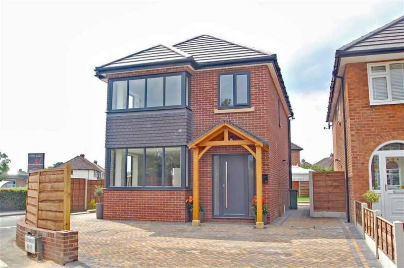 4 Bedrooms Detached House for sale in Derwent Drive, Handforth, Cheshire