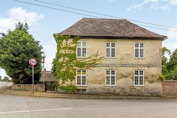 6 Bedrooms Detached House for sale in Moreton Valence, Gloucester