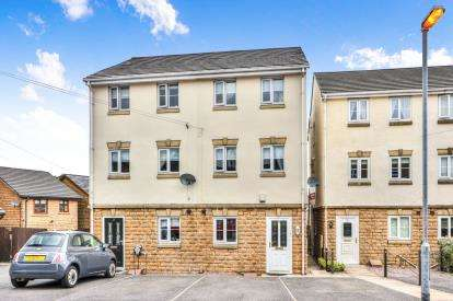 3 Bedrooms Semi Detached House for sale in Apex Close, Burnley, Lancashire