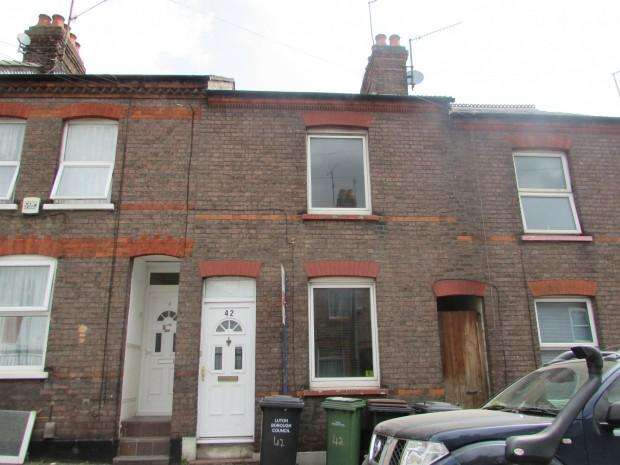 3 Bedrooms Terraced House for sale in Hartley Road, Luton, LU2