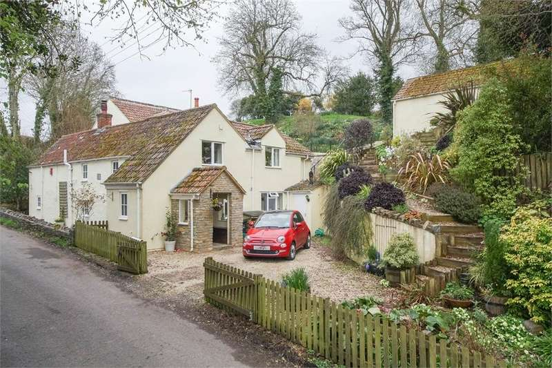 5 Bedrooms Detached House for sale in Cops Cottage, Sparrow Hill Way, WEARE, Somerset