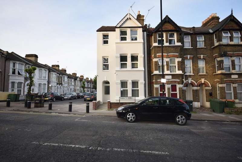 6 Bedrooms End Of Terrace House for sale in Rabbits Road, Manor Park E12