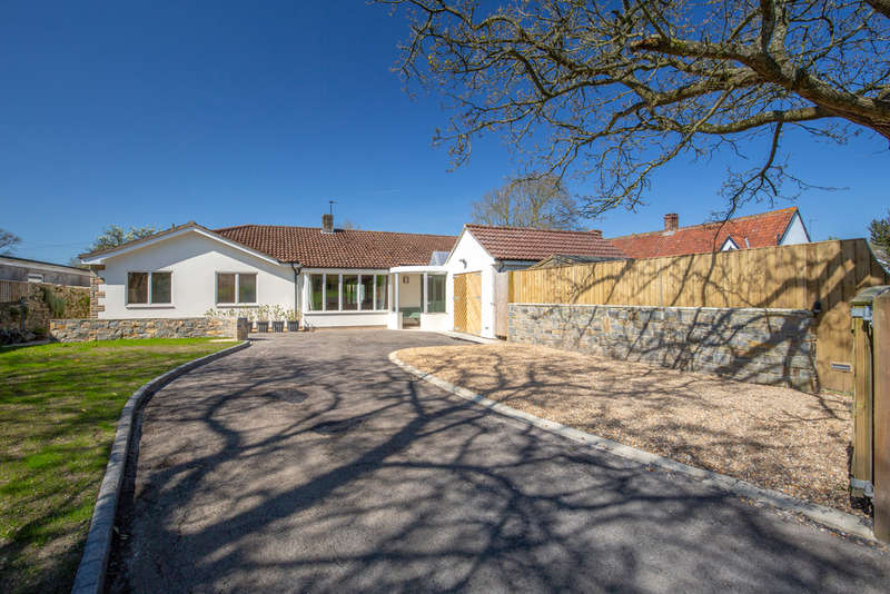 5 Bedrooms Detached Bungalow for sale in Scotland Lane