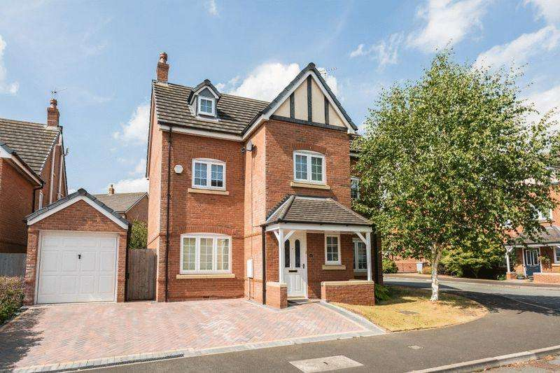 5 Bedrooms Town House for sale in Williamson Drive, Nantwich