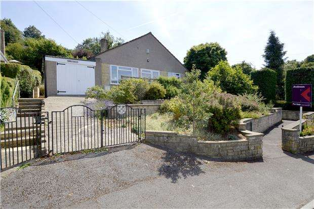 3 Bedrooms Detached House for sale in Park Road, Nailsworth, Gloucestershire, GL6 0HT