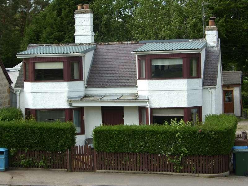4 Bedrooms Detached House for sale in Boat of Garten, PH24 3BN
