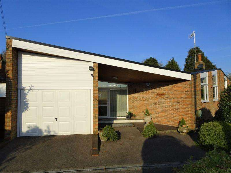3 Bedrooms Detached Bungalow for sale in Ferring Lane, Ferring