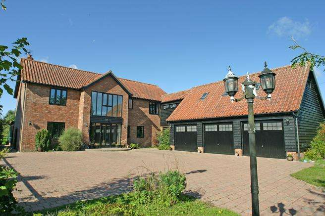 5 Bedrooms Detached House for sale in Kenton