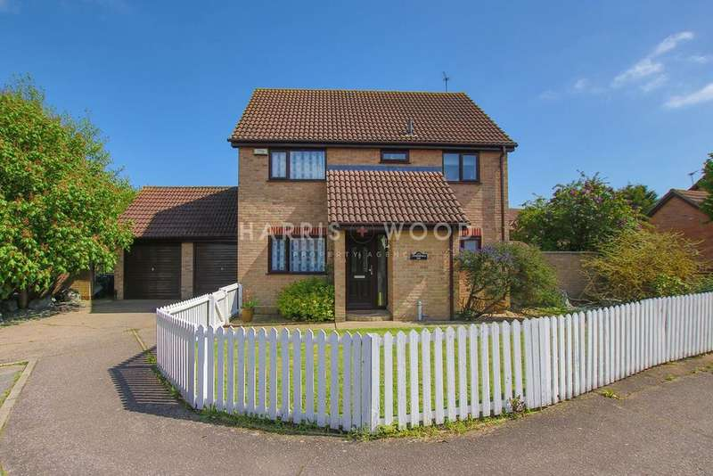 4 Bedrooms Detached House for sale in Greenfinch End, Colchester, CO4