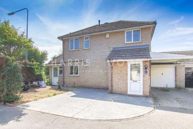 3 Bedrooms Detached House for sale in Berechurch Hall Road, Colchester, CO2