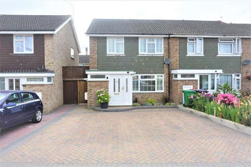 3 Bedrooms Semi Detached House for sale in Birchgrove, Slough, Berks