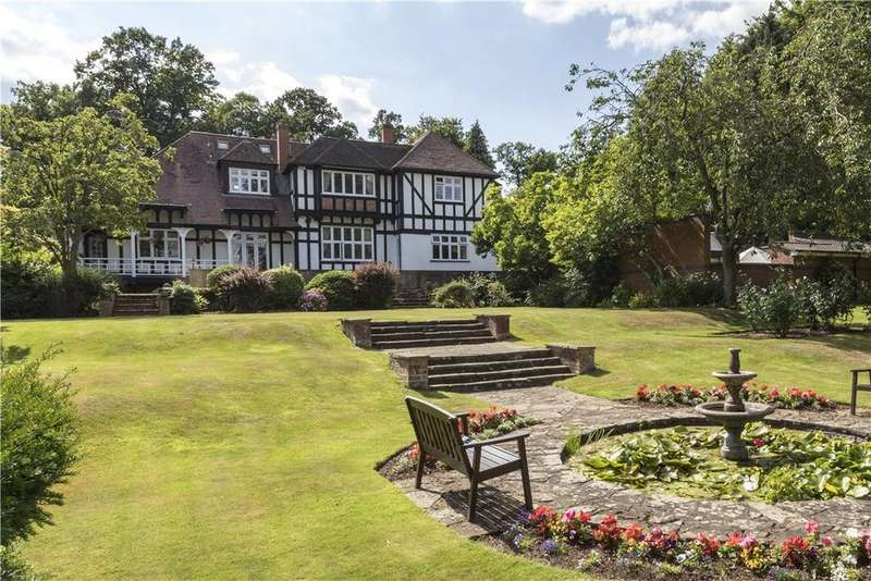 6 Bedrooms Town House for sale in Castle Road, Kenilworth, Warwickshire, CV8