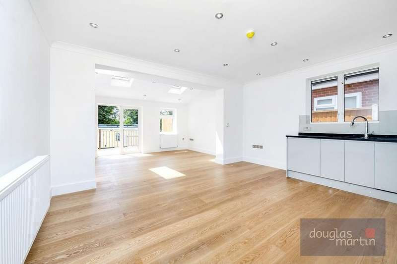 2 Bedrooms Apartment Flat for sale in Park Road, London, NW4