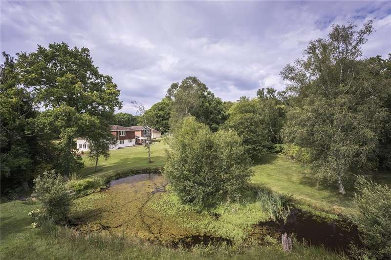6 Bedrooms Detached House for sale in Forest Lane, Hightown Hill, Ringwood, Hampshire, BH24
