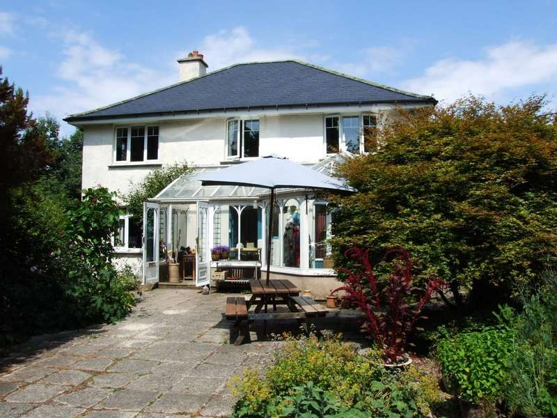 4 Bedrooms Detached House for sale in Moretonhampstead